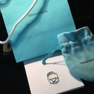 TIFFANY & CO. 'Elsa Peretti' 925 Open Heart Ring